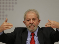 """""""Estejam preparados para dias difíceis no Brasil"""", diz Lula na Alemanha"""