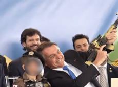 Bolsonaro tem que ser sancionado por posar com criança vestida em trajes militares, diz ONU
