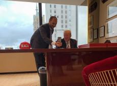 """Com Trump, Eduardo Bolsonaro articula """"Foro de SP da direita"""" na América Latina"""