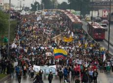 Em entrevista, ativista explica por que perda do medo da repressão policial foi grande conquista da greve na Colômbia