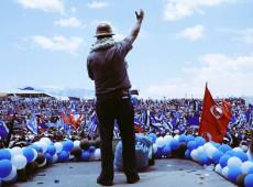 Bolívia: Fundamental para triunfo de Arce, partido MAS foi obrigado a se renovar após golpe de 2019