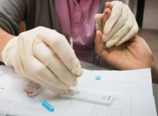 Avanço da covid-19 impacta detecção e tratamento de malária na América Latina, diz Opas