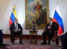 """Rússia reafirma """"incondicional"""" apoio ao governo de Nicolás Maduro e à soberania da Venezuela"""