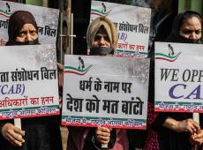 Indios salen a la calle contra la ley de extrema derecha que niega la ciudadanía musulmana