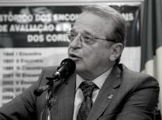 'Esquerda tem que liderar frente ampla contra o fascismo', diz Tarso Genro