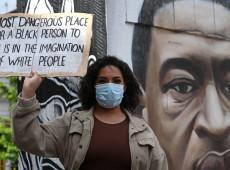 Após relatório oficial negar racismo no Reino Unido, pauta volta a ser debatida no país
