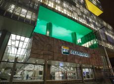 Mudança na política da Petrobras desconectou estatal dos interesses nacionais, diz economista