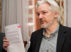 Justiça britânica nega extradição de Assange aos EUA