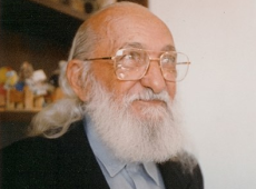 Me invade a alma tamanha injustiça contra o legado de meu avô, Paulo Freire