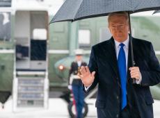 Relatório de impeachment acusa Trump de abuso de poder