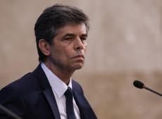 """""""Não vou manchar a minha história por causa da cloroquina"""", diz Teich após demissão"""
