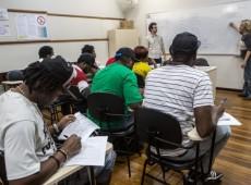 Imigrantes precisam ter direito a voto, diz editor do projeto Ecos Latinos