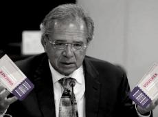 """Guedes defende privatizar ensino básico e criar sistema de """"cupom de desconto"""" em escola"""