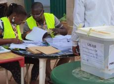 Oposição vai às ruas em Guiné para impedir novo mandato presidencial de Condé