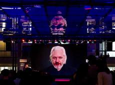 O caso Assange e um escândalo que conhecemos bem: juízes parciais