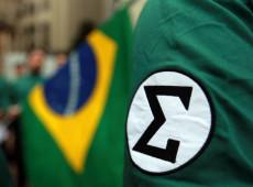 """Roger Ceccon: """"Fim do fascismo é apenas discurso decorativo de alguns livros de história"""""""