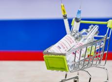 Baixo-custo e menor complexidade na logística tem atraído países a recorrer à vacina russa Sputnik V para vencer a Covid