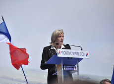 Em evidência após ataque, extrema-direita francesa é antieuro, antiaborto e quer baixar idade penal para 13 anos