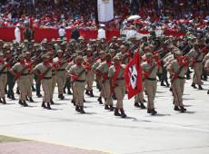 Venezuela: Maduro envia mil combatentes da Milícia Bolivariana à zona de conflito com grupos colombianos