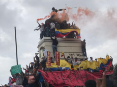Colombianos realizam greve geral contra proposta de reforma tributária de Iván Duque