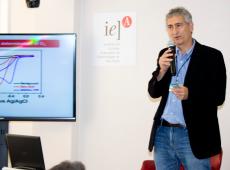 Quais as consequências do corte de bolsas de estudo do CNPq para a ciência no Brasil?
