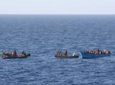 Novo naufrágio na costa da Líbia deixa ao menos 57 mortos