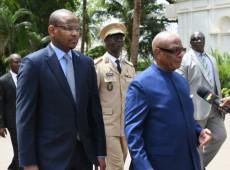Militares prendem presidente e premiê do Mali em tentativa de golpe de Estado
