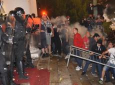 Sérvios protagonizam primeira revolta europeia devido à pandemia