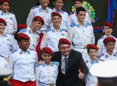 Entenda o papel das escolas cívico-militares no projeto bolsonarista de ocupação do Estado brasileiro