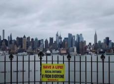 """Trump """"tem sangue em suas mãos"""": fracasso dos EUA já é sentido em Nova York"""