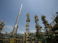 Não basta tirar o presidente da Petrobras, é preciso mudar sua política de preços