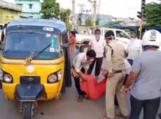 Vazamento de gás tóxico deixa onze mortos e milhares hospitalizados na Índia