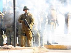 """No Chile, internet serve de """"janela"""" contra toque de recolher e cerco do Exército"""