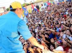 Quem é Eduardo Fernandez, chefe de missão dos EUA que financiou opositores venezuelanos