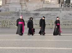 Número de vítimas de pedofilia dentro da Igreja pode chegar a 10 mil na França