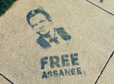 Dez anos das revelações documentais do WikiLeaks nos Estados Unidos