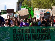 Cop 26: Milhares protestam em Bruxelas por medidas eficazes contra mudanças climáticas