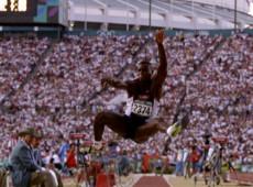 Atlanta, 1996: Carl Lewis leva 9º ouro e se consolida como um dos maiores nomes do atletismo de todos os tempos