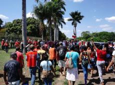 Invasão em embaixada venezuelana já dura 12 horas; governo condena, mas não intervém