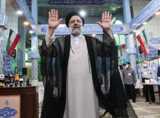 Chefe do sistema judicial no Irã, Ebrahim Raisi vence eleição presidencial