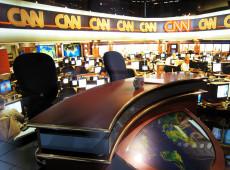 Hoje na História: 1980 - CNN, primeira emissora com noticiário por 24h, estreia na TV