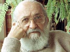 Por que em um país com tantos analfabetos a extrema-direita elege Paulo Freire seu inimigo?
