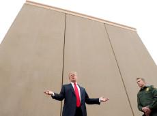 Trump se agarra ao muro e acelera campanha pela sua reeleição em meio a pandemia