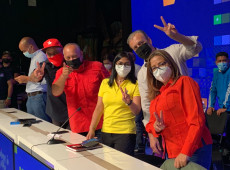 Coalizão chavista vence eleições legislativas na Venezuela
