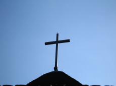 Vítimas de pedofilia na Itália pedem indenização milionária à Igreja