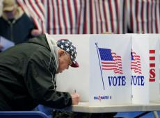 Donald Trump insta a los votantes a 'votar dos veces' mientras su campaña 'se hunde'