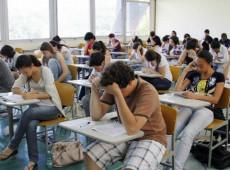 MEC mantém Enem, sem considerar dificuldades dos estudantes pobres, diz UNE