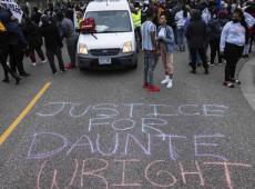 EUA: Polícia reprime manifestantes antirracistas em mais uma noite de protestos contra morte de Daunte Wright