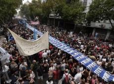 Por memória, verdade e justiça, milhares de argentinos vão às ruas nos 40 anos do golpe militar