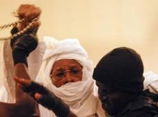 Quem tem o direito de julgar o ex-ditador Habré, acusado pela morte de 40 mil pessoas no Chade?